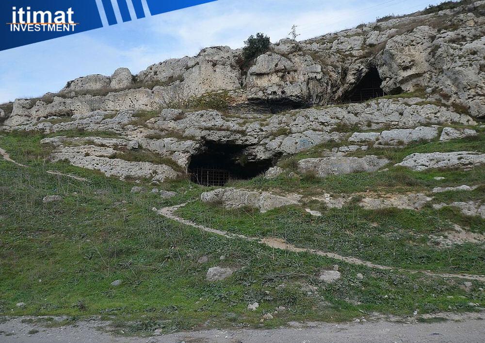 غار یاریم بورغاز در منطقه کوچوک چکمجه